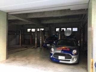 レッドブル車庫